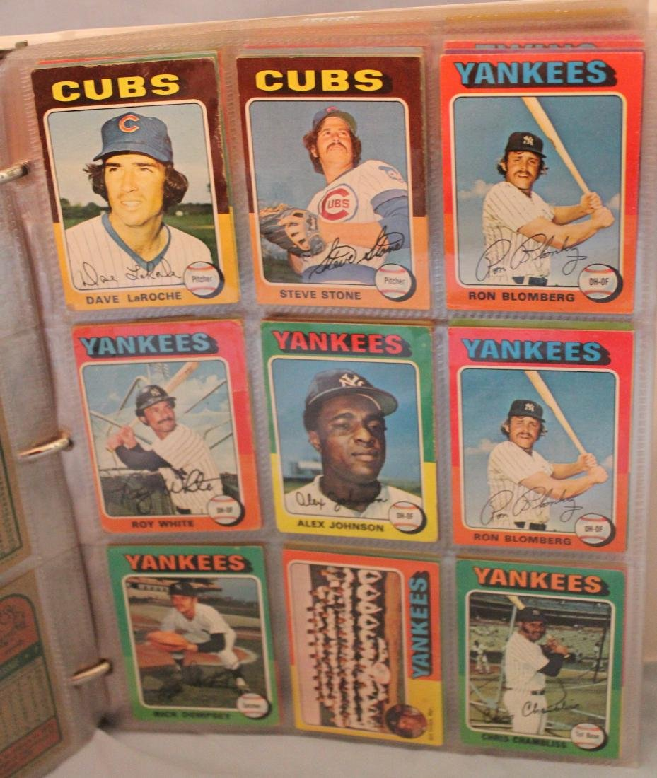 Baseball Card Album. Approx. 450 Topps 1975 - 3