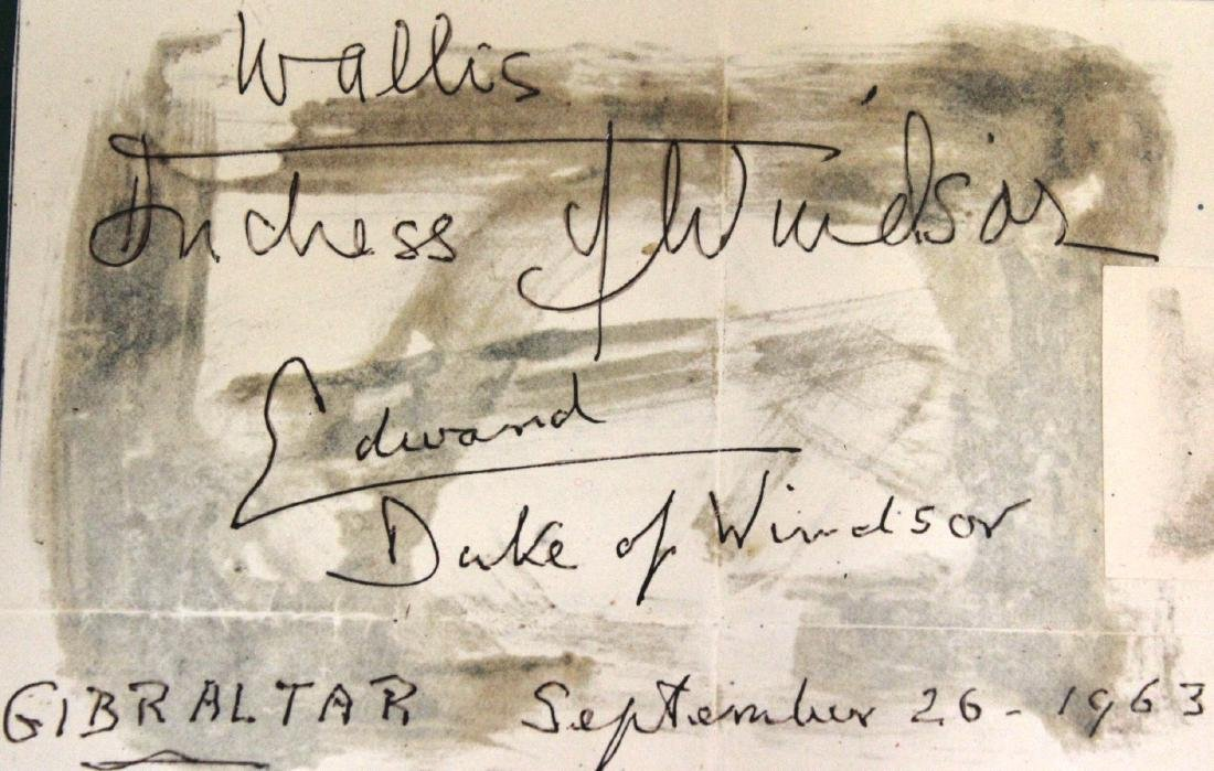 Wallis Simpson. Duke of Windsor Autographs - 2