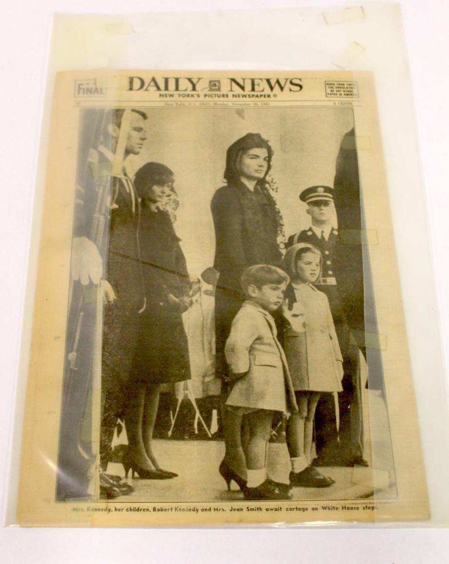 Daily News. Nov. 25th '63. Fatal Shot. Oswald Shooting. - 5