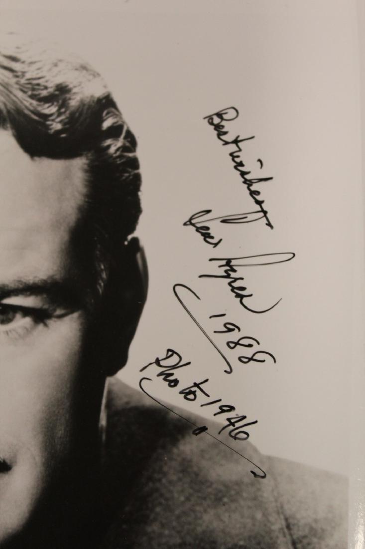 Autographed Celebrity Photographs (14) - 9