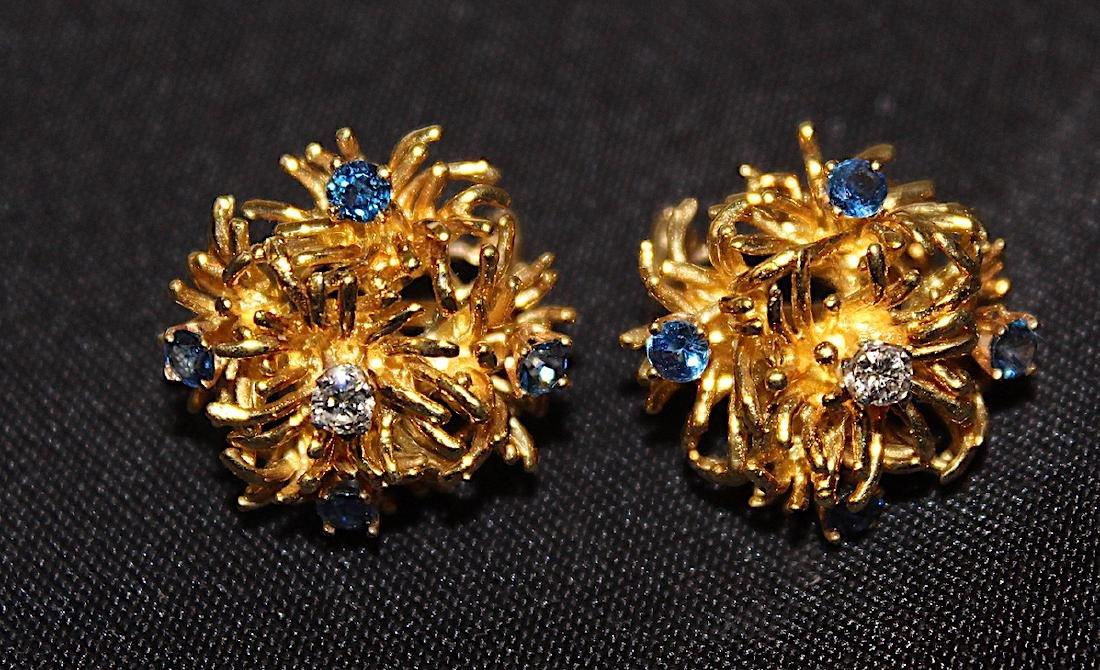 Tiffany & Co. 18K Brooch and Earrings. - 6