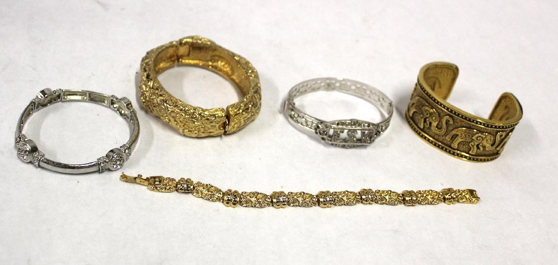 Vintage Costume Jewelry Bracelets  inc. Sgd. Monet (5)