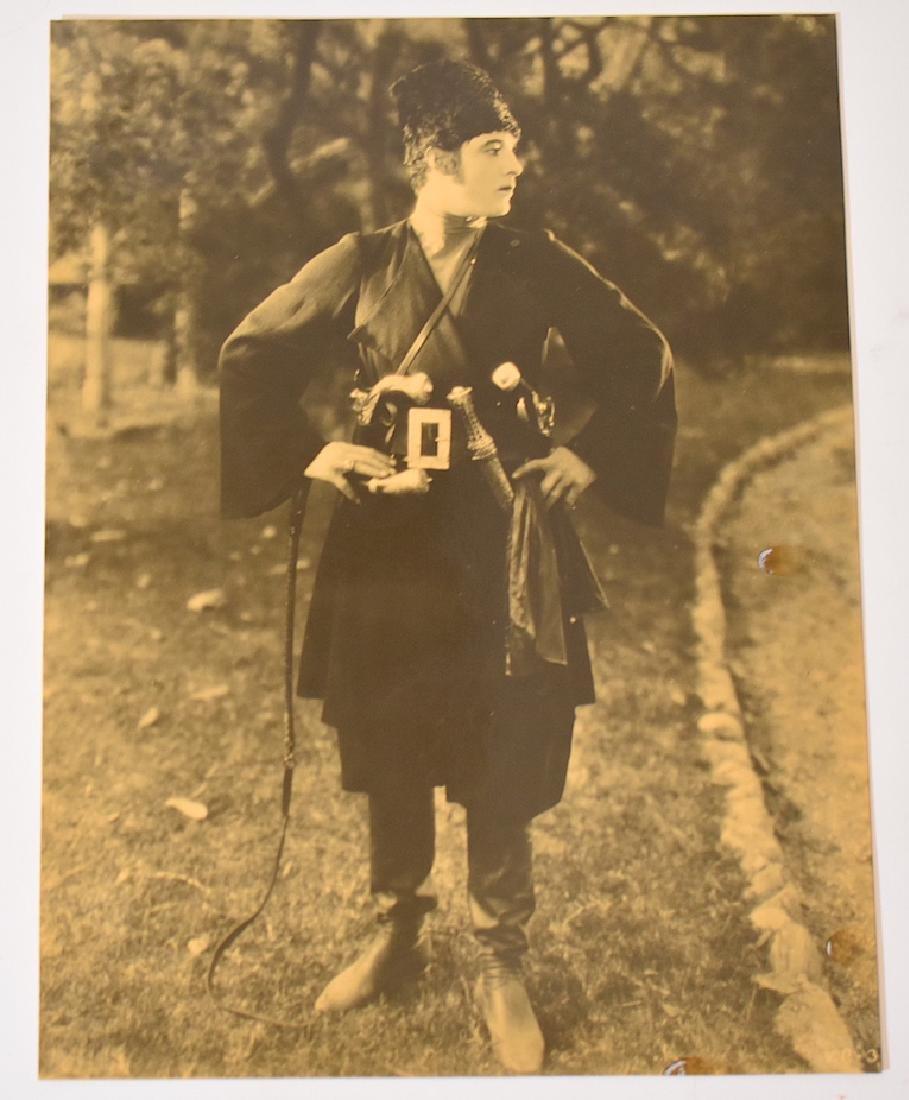 Vintage Rudolf Valentino Photo with Snipe