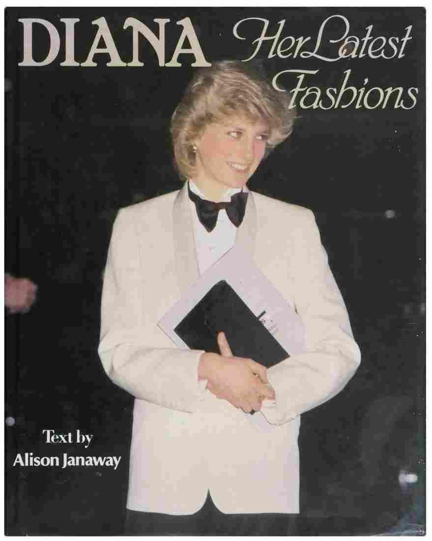 Princess Diana Her Latest Fashion Book Signed