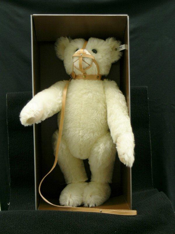 11: Steiff White Muzzle Bear 1908 Replica