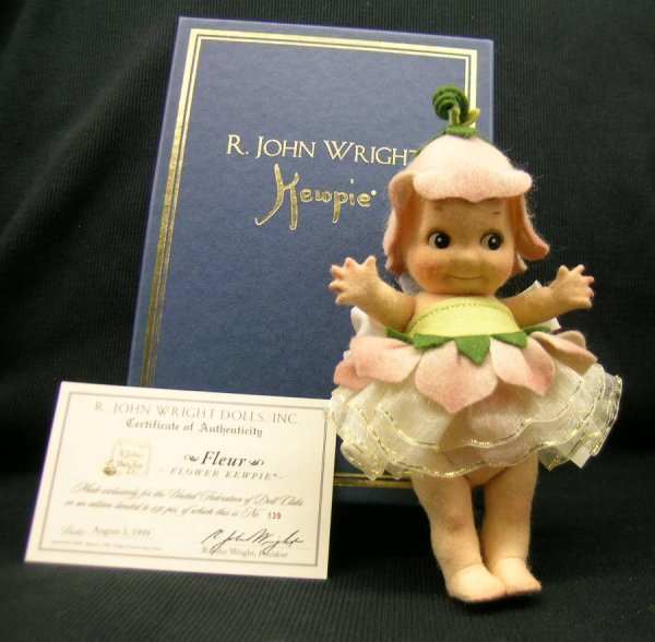 20: R. John Wright Kewpie Doll Fleur