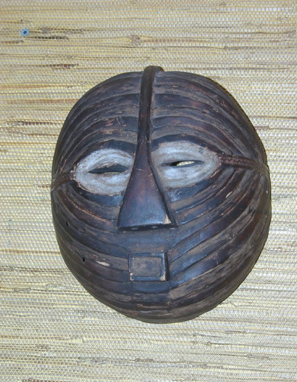 16: AFRICAN MOON MASK