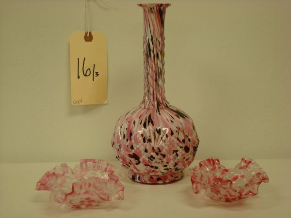 16: THREE PCS. CLICHY ART GLASS