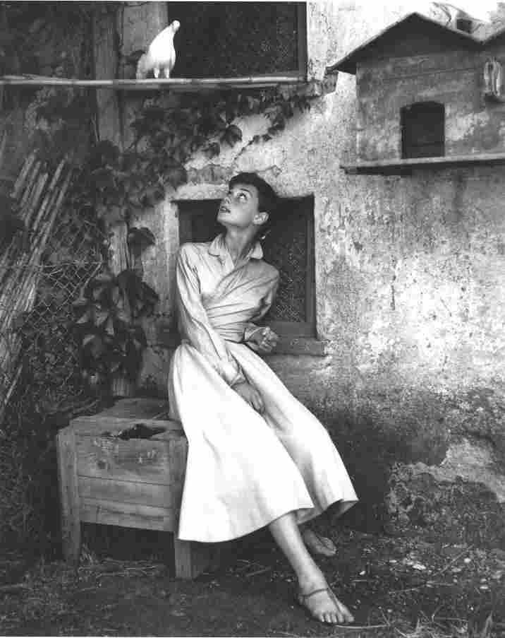 Audrey Hepburn Philippe Halsman Publication Photo