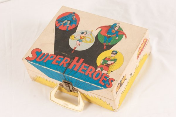 VINTAGE SUPER HEROES RECORD PLAYER