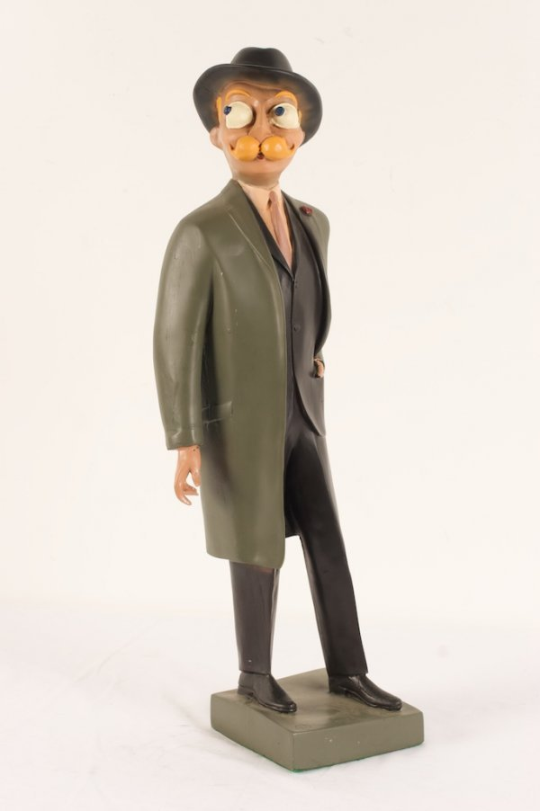 20TH C. COMPOSITION ESQUIRE DISPLAY FIGURE