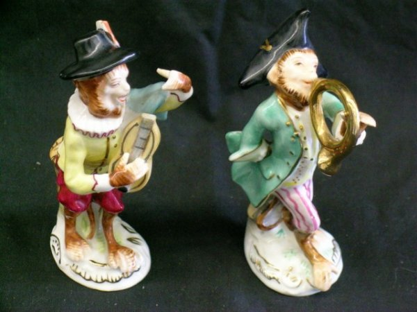 MEISSEN BAND FIGURES (TWO)