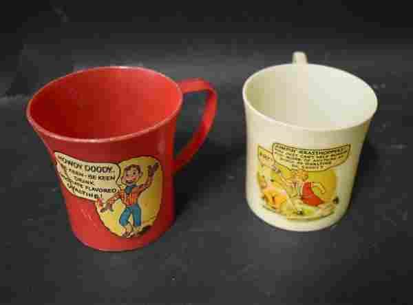 Vintage Collectible Mugs (2)