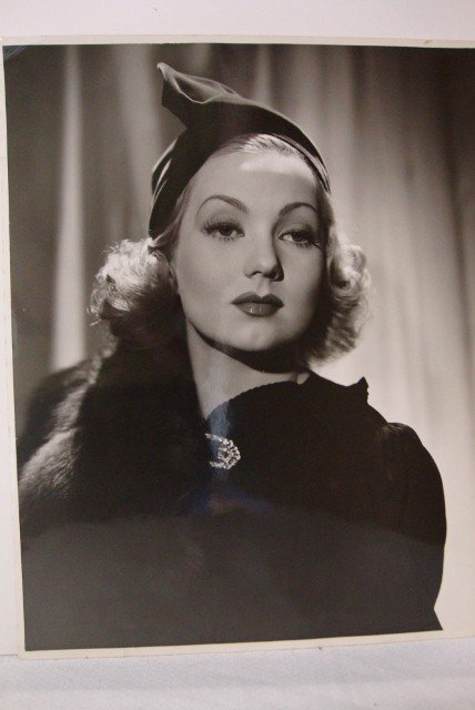 HURRELL PHOTOGRAPH OF ANN SOTHERN
