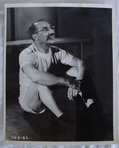 10: GROUCHO MARX AMUSING CANDID PORTRAIT