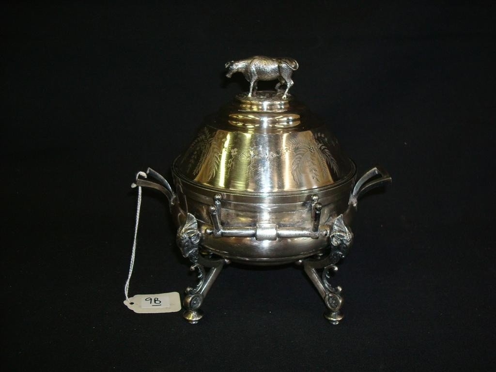 9B: SILVERPLATE COVERED BUTTER DISH