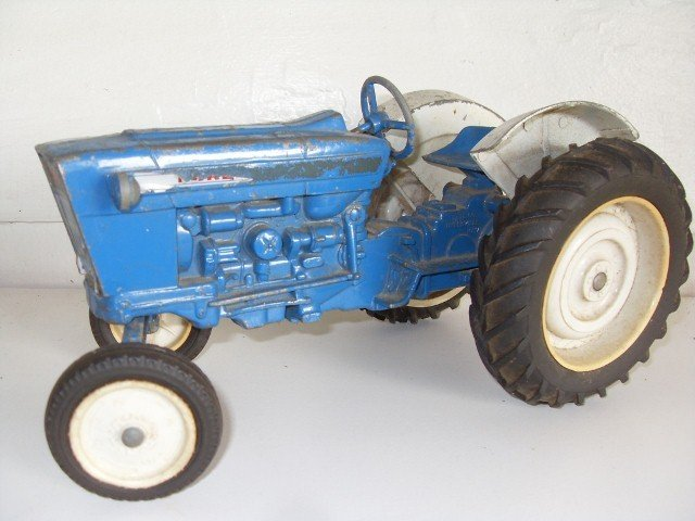 1: FORD TRACTOR