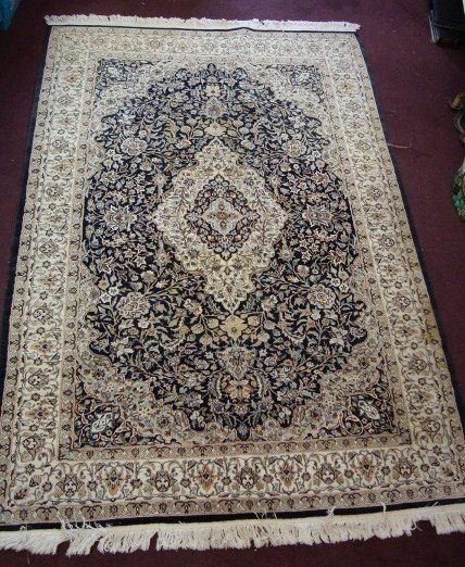 297: PERSIAN ISFAHAN CARPET
