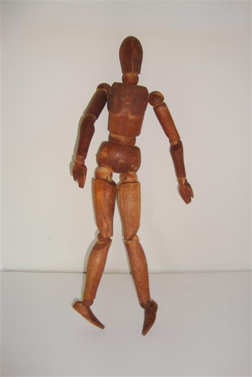 1241: ARTICULATED WOODEN MANNEQUIN DOLL