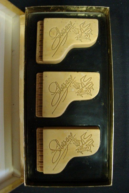 1: LIBERACE PIANO SHAPED SOAPS