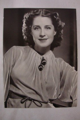 5: CLARENCE SINCLAIR BULL PORTRAIT NORMA SHEARER