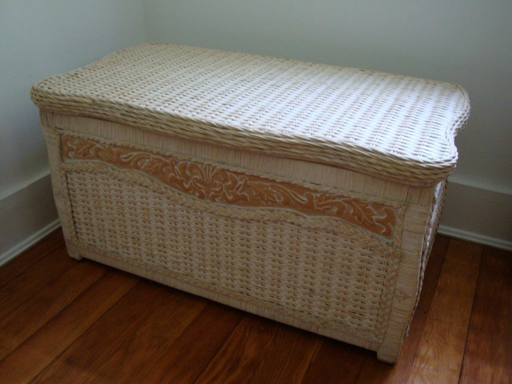 7: Painted Wicker Blanket Chest