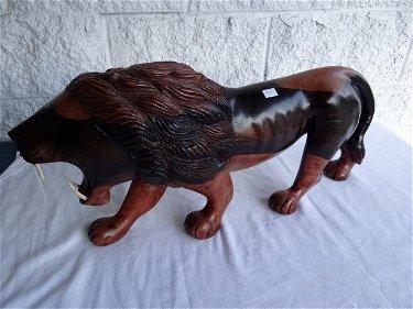 440: Ferocious Lion Wood Carving Ivory Teeth