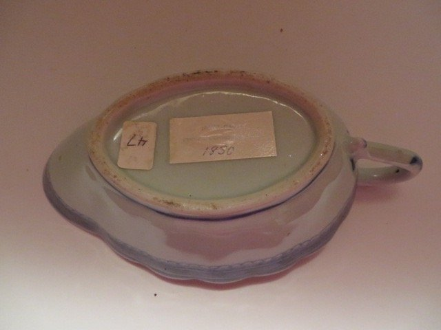 Canton Sauce Dish. C. 1830 - 3