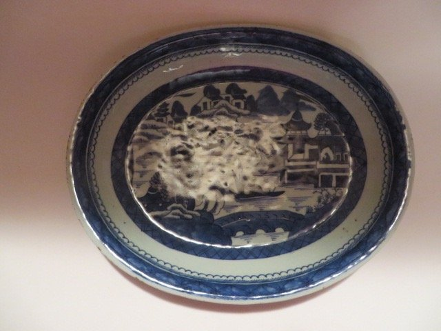 Canton Oval Serving Bowl. C. 1840 - 2