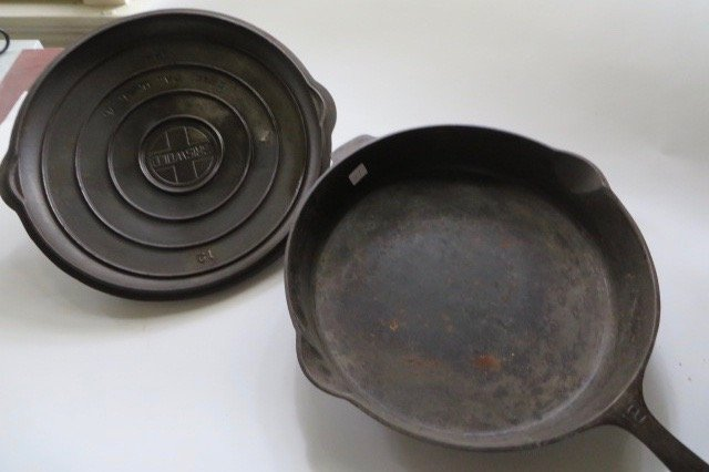 Large Griswold Cast Iron Covered Skillet - 2