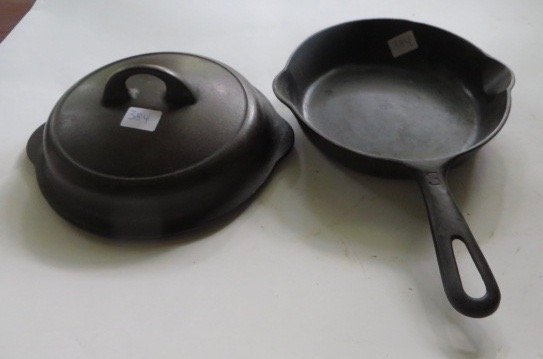 Griswold Cast Iron Covered Skillet . - 2