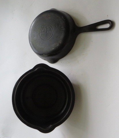 Griswold Cast Iron Covered Skillet . - 3