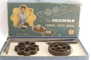 Griswold Pattty Molds.Original Box