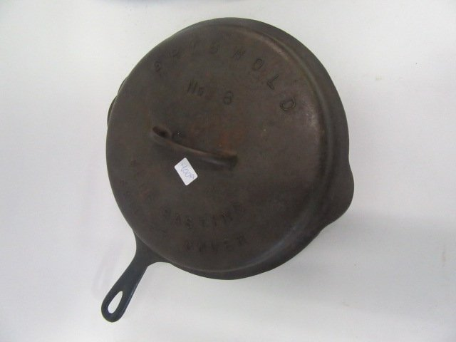 Griswold Cast Iron Skillet With Lid