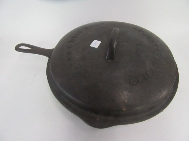 Wagner Cast iron Covered Skillet