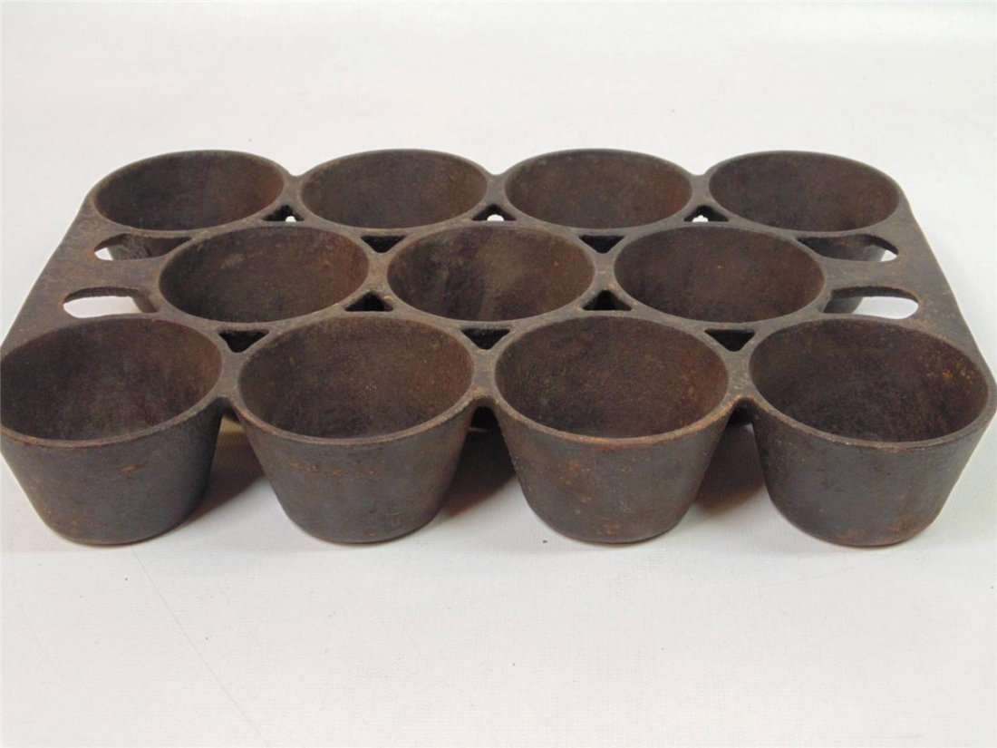 Griswold Cast Iron Muffin Pan - 2