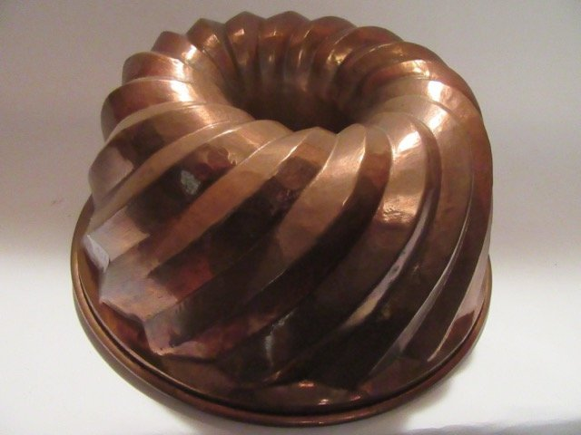 Antique Copper Oversized Mold - 3