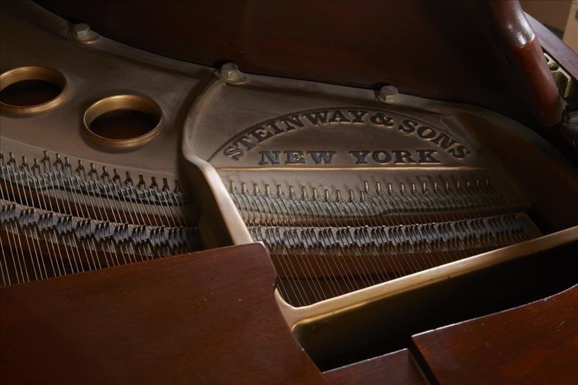 Steinway Baby Grand Piano - 5