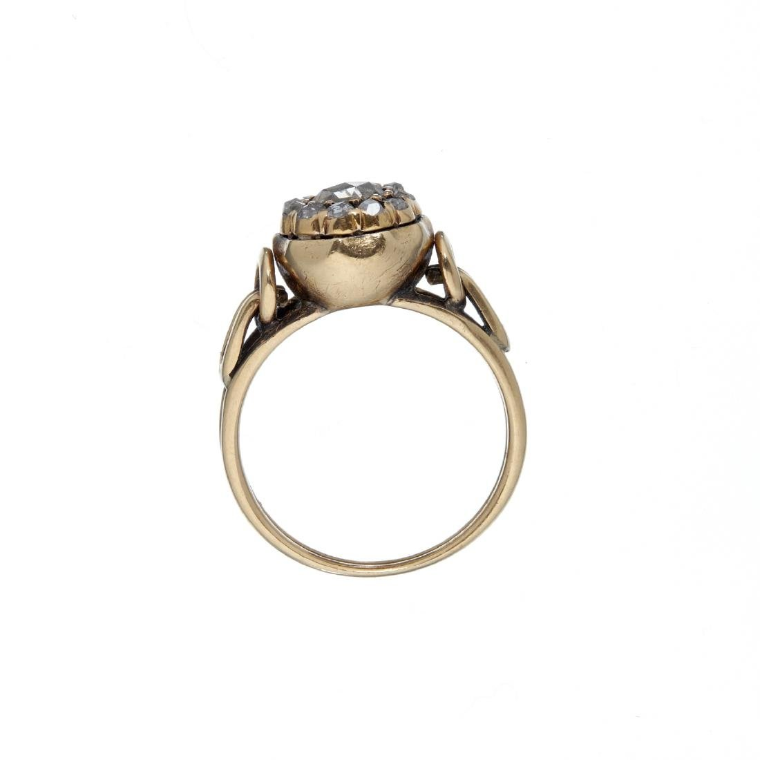 A rose cut diamond cluster ring - 2