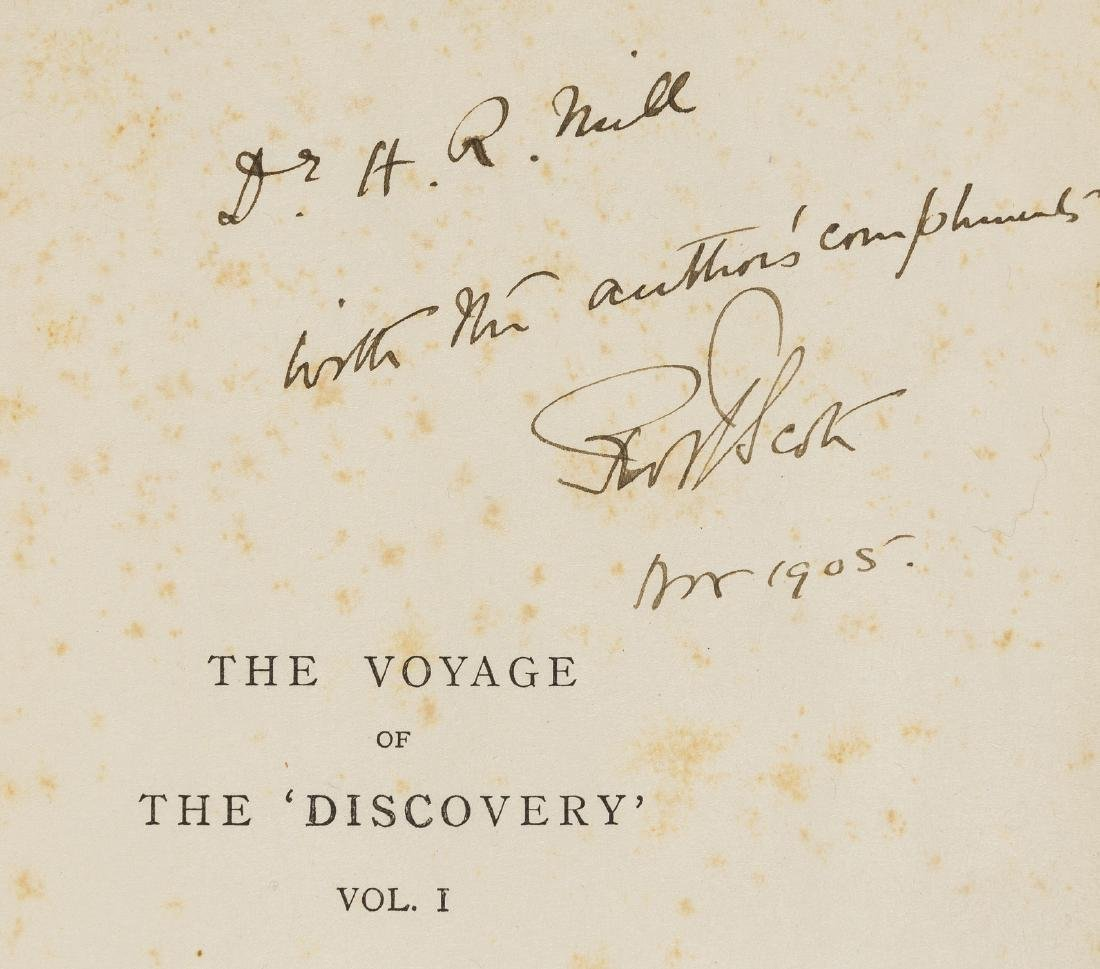 Polar.- Scott (Captain Robert) The Voyage of the