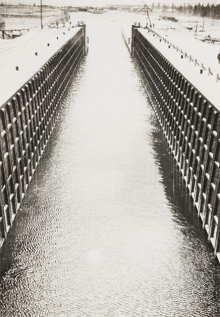 Alexander Rodchenko (1891-1956) The Belomor Channel,