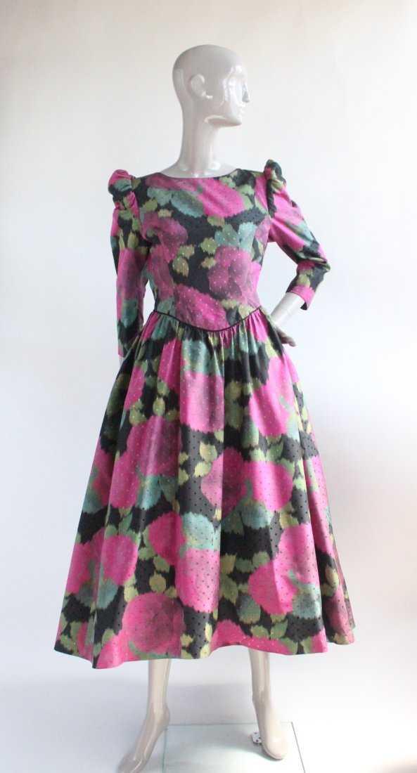 07a98b432ba Victor Costa Warp Print Taffeta Evening Gown