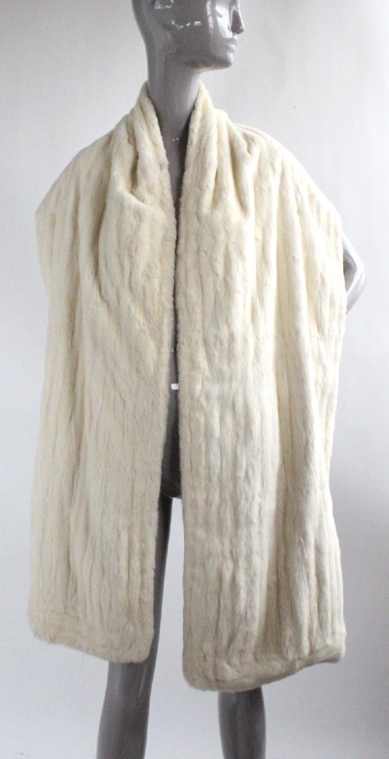Benn Mandel New York White Ermine Fur Stole, ca. 1950's - 2