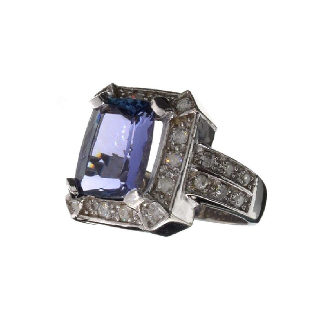 APP: 12.7k 14 kt. White Gold, 4.72CT Rectangular