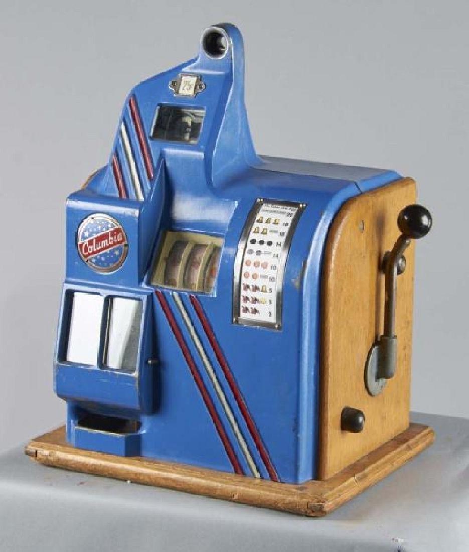 25 ¢ Groetchen Columbia Slot Machine Very Rare Size