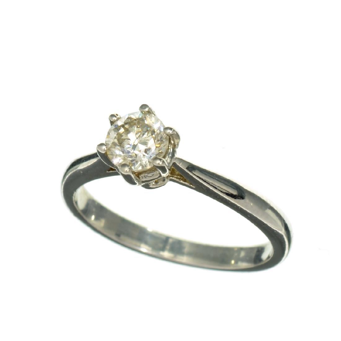 APP: 2k 14 kt. White Gold, 0.51CT Round Cut Diamond