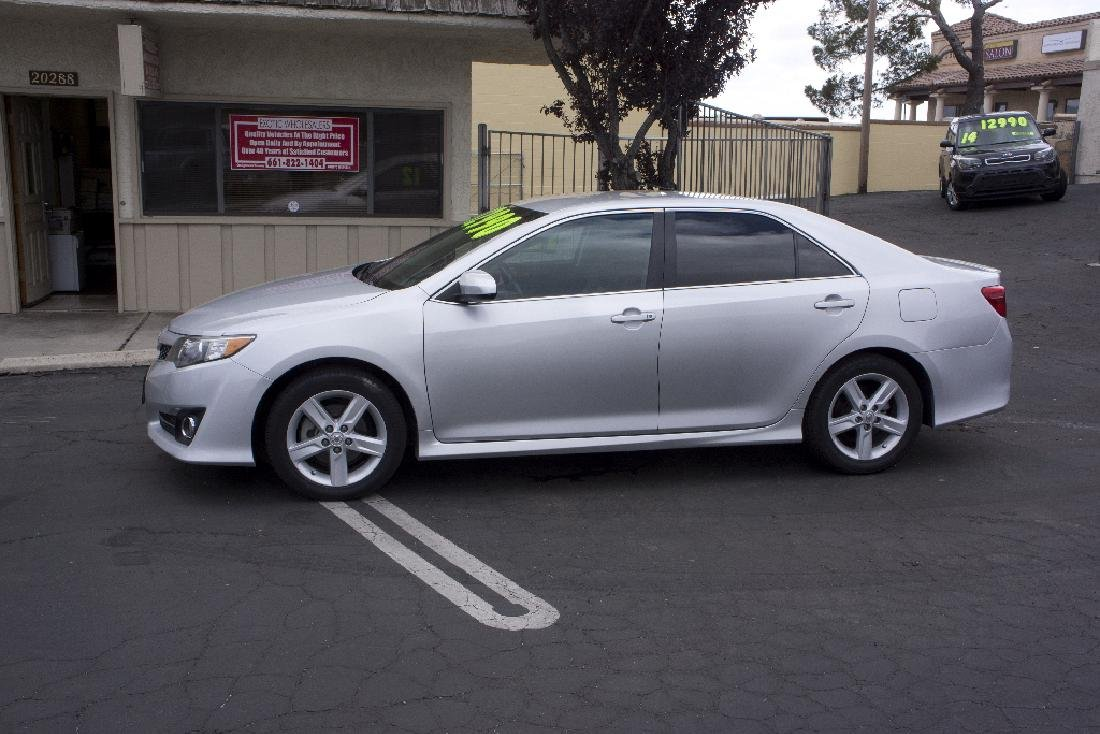 2012 Toyota Camry SE Excellent Car Low Miles NO BUYERS