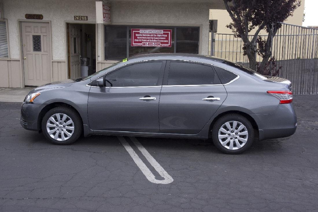 2015 Nissan Sentra Beautiful Car NO BUYERS PREMIUM 4