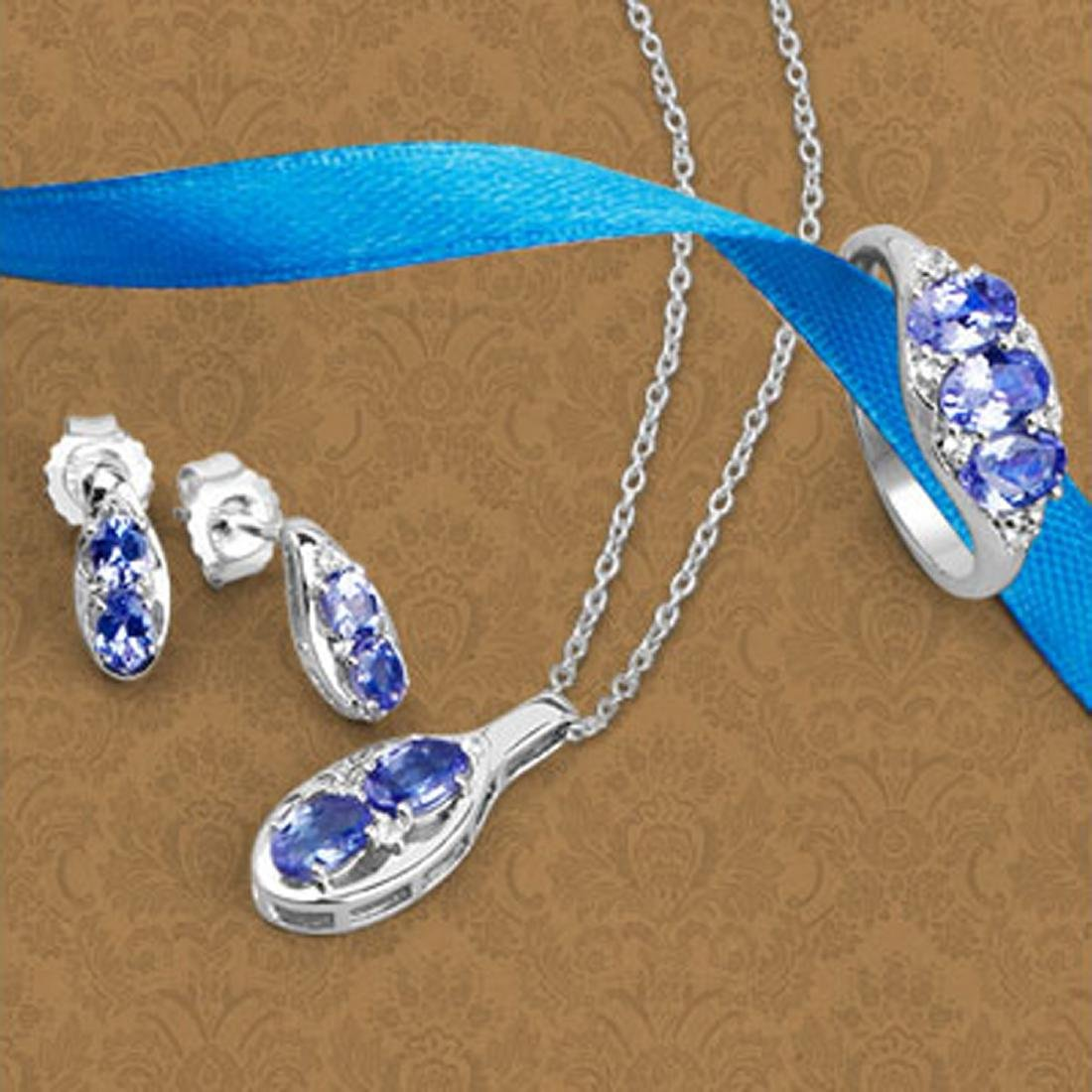 APP: 2.8k Fine Jewelry 3.12CT Tanzanite And White Topaz