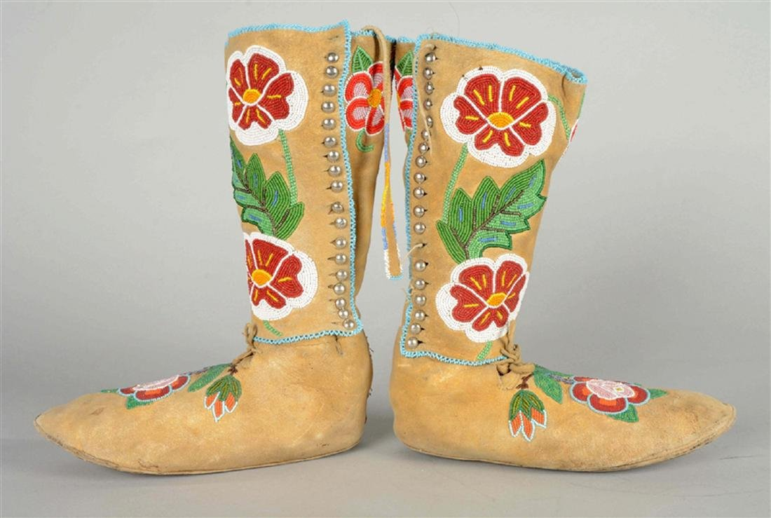Extremely Rare Eaqrly 20th Century High Top Crow Floral - 4